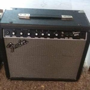 Amps Fender25R & HartkeB30 amps